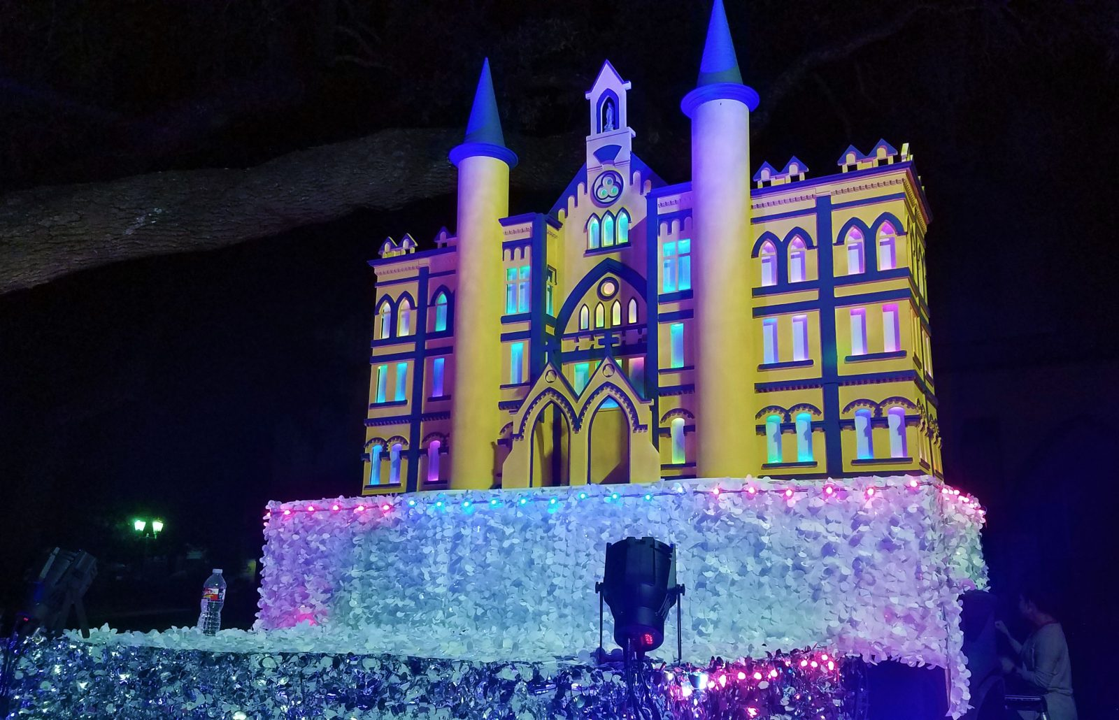 2018 OLLU Float Building Model Illuminated